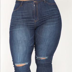 NWT-Fashion Nova Dark Blue Jeans